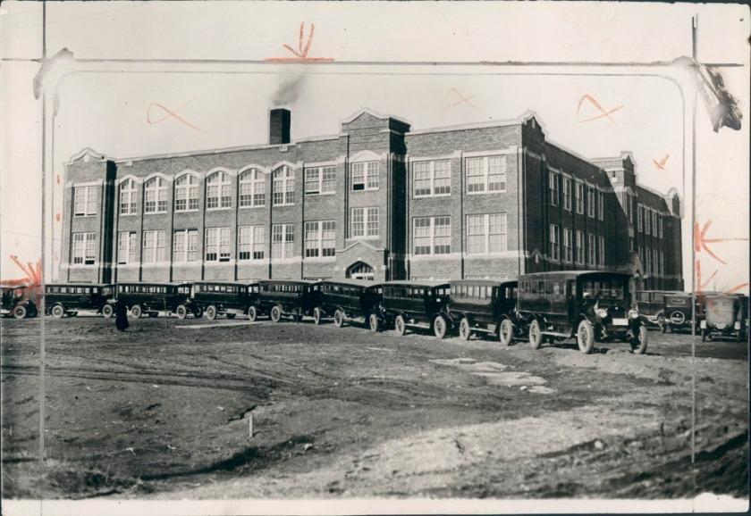 lincoln school 1913 - Loveland